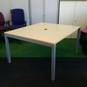 Elite Linnea Meeting Table