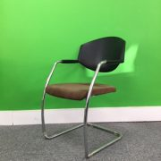 Giroflex Meeting Chair
