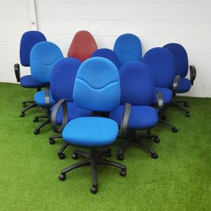10 mixed office chairs