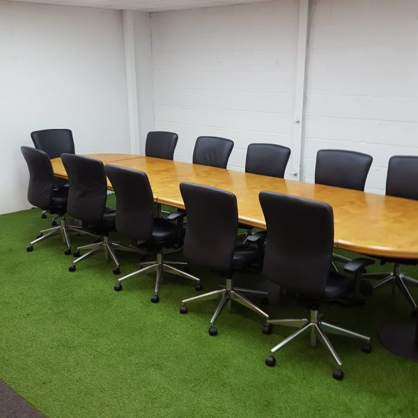 Used Vintage Oak Conference / Boardroom Table, 12 Person