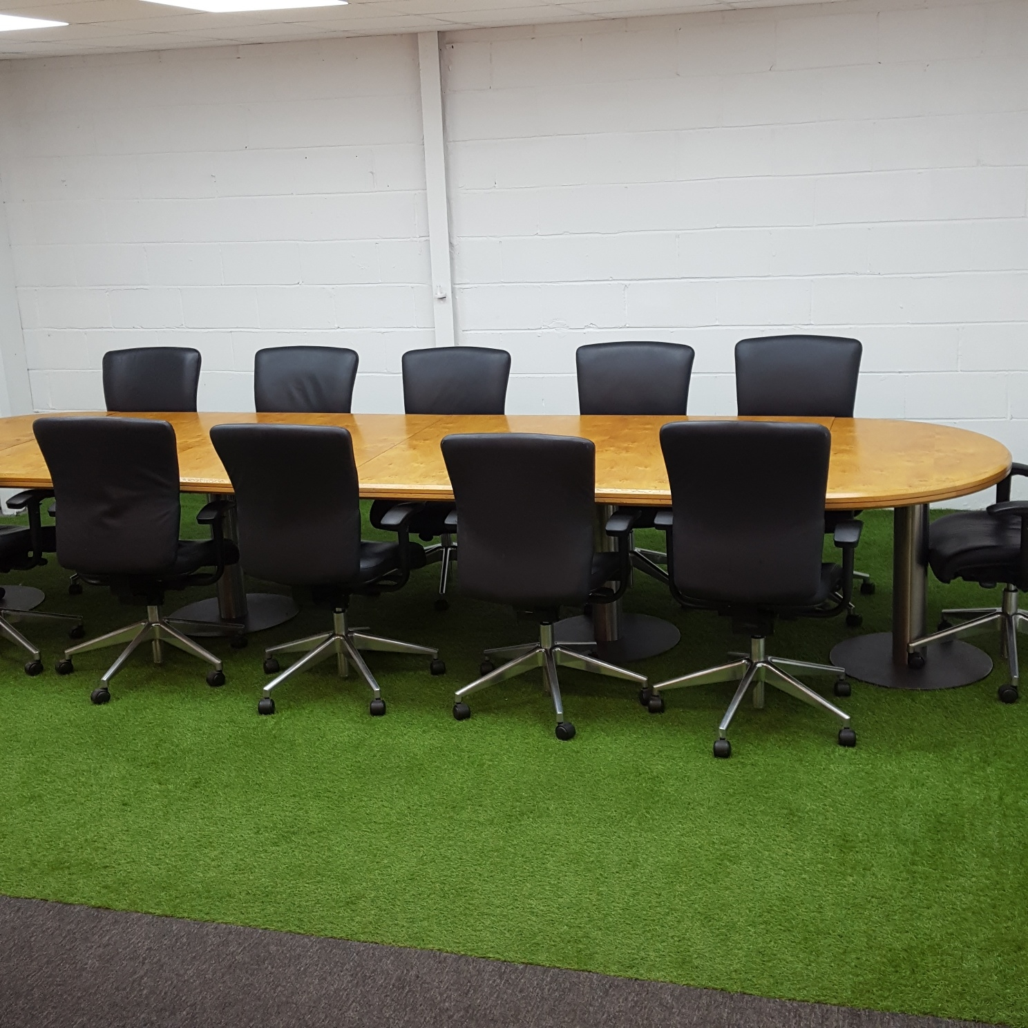 Boardroom Furniture For Sale: Used Vintage Oak Conference / Boardroom Table, 12 Person