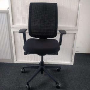 Used Steelcase Reply Mesh Back Office Chair, Ergonomic & Comfortable