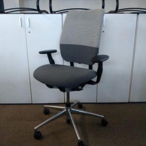 Used Vitra Axess Designer Office Chair, Armrests, Fully Adjustable