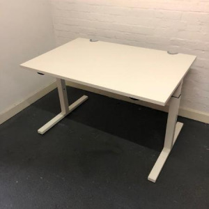 Used Haworth Height Adjustable Office Desk, White, Width 1200mm