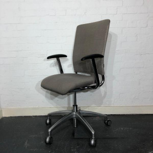 Used Verco V Smart Office Task Chair, Armrests, Metal Frame, Grey