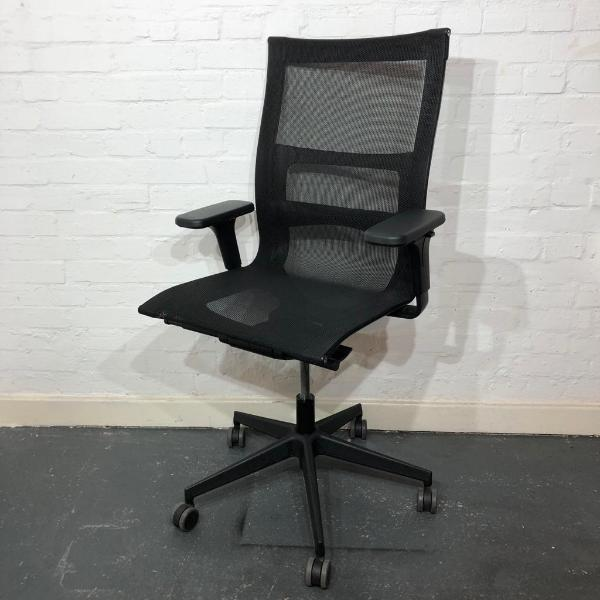 Used ICF Una Plus Designer Mesh Office Chair, Lumbar Support, Black
