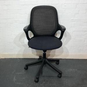 Used Verco Salt 'N Pepper Task Chair, Mesh Back, Armrests, Graphite