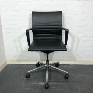 Used Verco Flux Modern Office Task Chair, Armrests, Swivel Base, Black