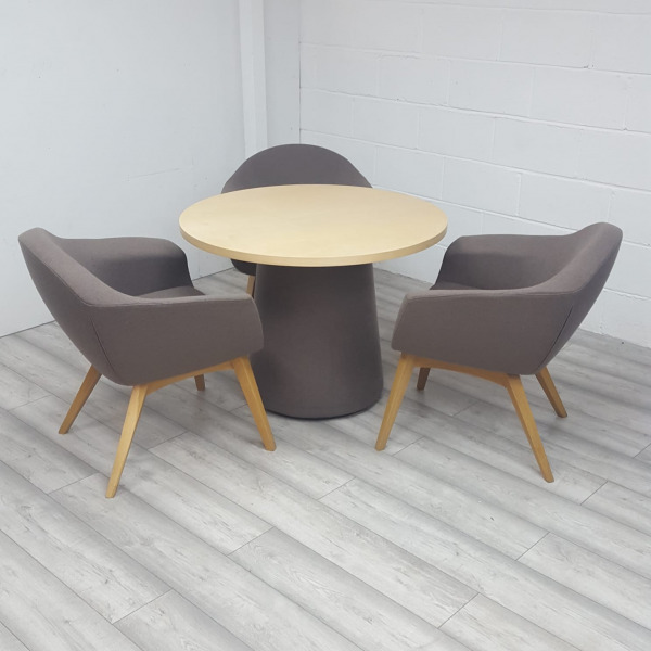 Used Connection Meeting Table & 4 x Mortimer Designer Chairs Set