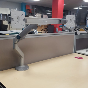 Used Humanscale M8 Dual Monitor Arm With Crossbar, Desk Mounted