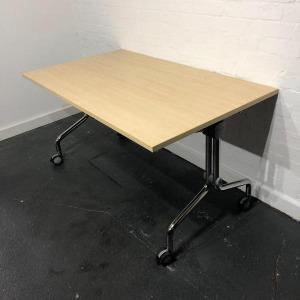 Used Mobile Fliptop Office Meeting Table, Maple, Width 1400mm, Wheels