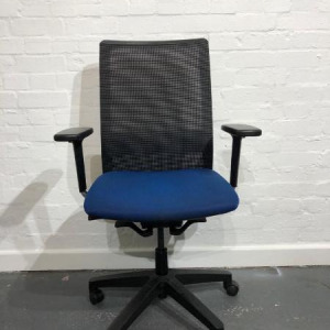 Used Mesh Office Task Chair, Square Back, Fully Adjustable, Blue / Black