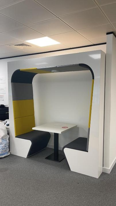 Used Connection 2 Person Booth Seating Pod Pod with Lighting & Table
