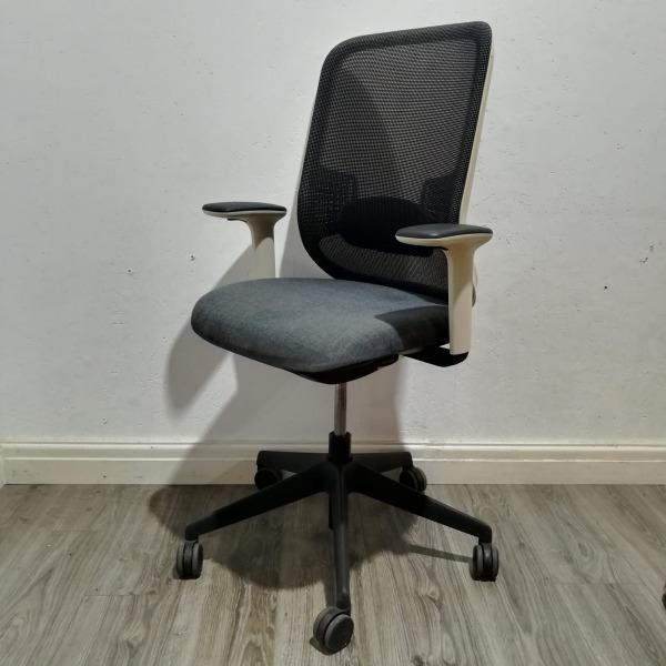 Used Orangebox Do Mesh Office Chair, Armrests, Lumbar Support, Grey