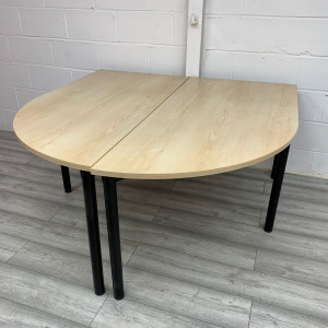 Used 2-Piece Curved Folding Table Set, Maple, Width 1600mm