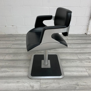 Used Interstuhl 810S Lounge Chair, Fixed Swivel Base, Real Leather, Black