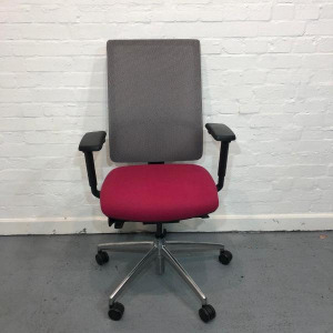 Used Boss Komac Mesh Office Chair, Fully Adjustable, Armrests, Pink Seat