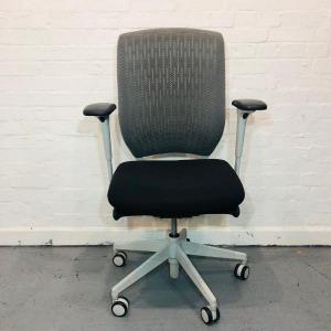 Used - Senator Evolve High Back Mesh Office Task Chair, Grey / Whi