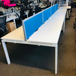 Used Bene 4 Person Back To Back Bench Desks With Screens, White