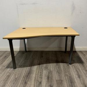 Used Wave Shape Office Desk, Black Metal Frame, Oak, 1400mm