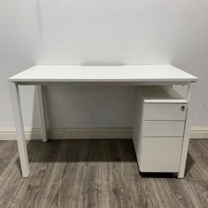 Used Verco White Rectangular Office Desk, W1200mm x D800mm