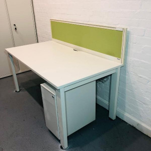 Used KI Rectangular Desk With Privacy Screen, White, Width 1600mm