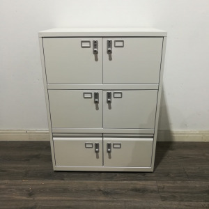 Used Mid Height Metal Combination Locker, 6 Compartments, White
